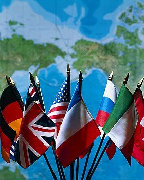Dedicarme a las Relaciones Internacionales y ser diplomático de mi país en el extranjero.
