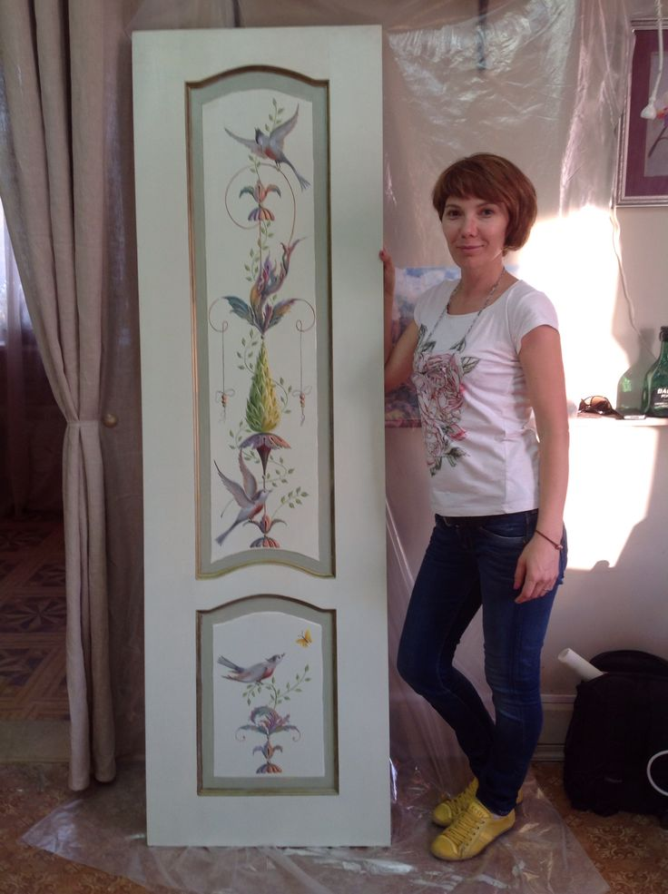 Painted door. Olga Ah