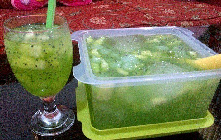 Aneka Resep Minuman Segar untuk Berbuka Puasa - http://www.rancahpost.co.id/20150635521/aneka-resep-minuman-segar-untuk-berbuka-puasa/