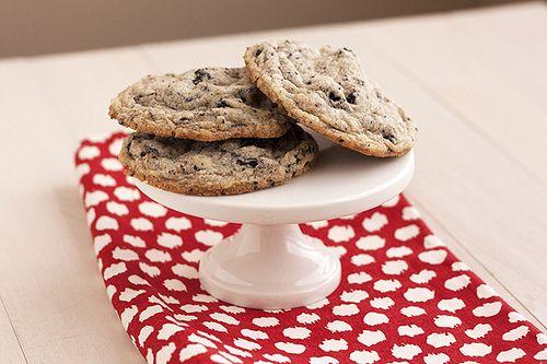 Cookies & Cream Cookies | Handle the Heat