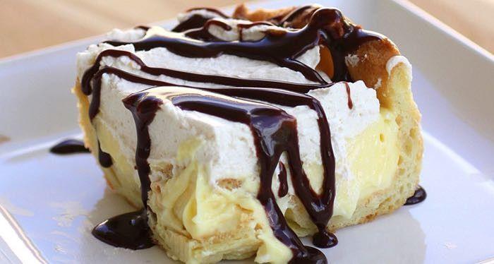 Famózní koláč velehory s vanilkovým pudinkem