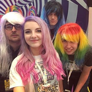 LDShadowLady,Smallishbeans and two other youtubers