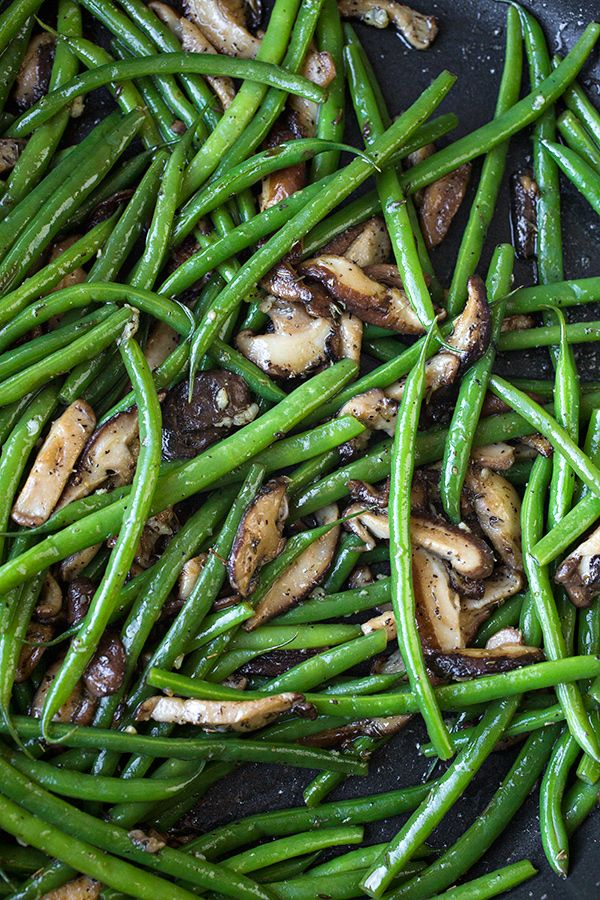 Buttery French Green Beans with Garlic-Sauteed Mushrooms | thecozyapron.com