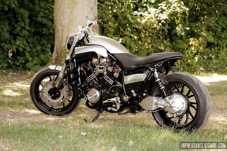 Moteur gonflé, partie cycle affûtée, ligne générale allégée... Un lifting des plus heureux pour cette Yamaha Vmax 1986, revue et corrigée par Alert'Moto.
