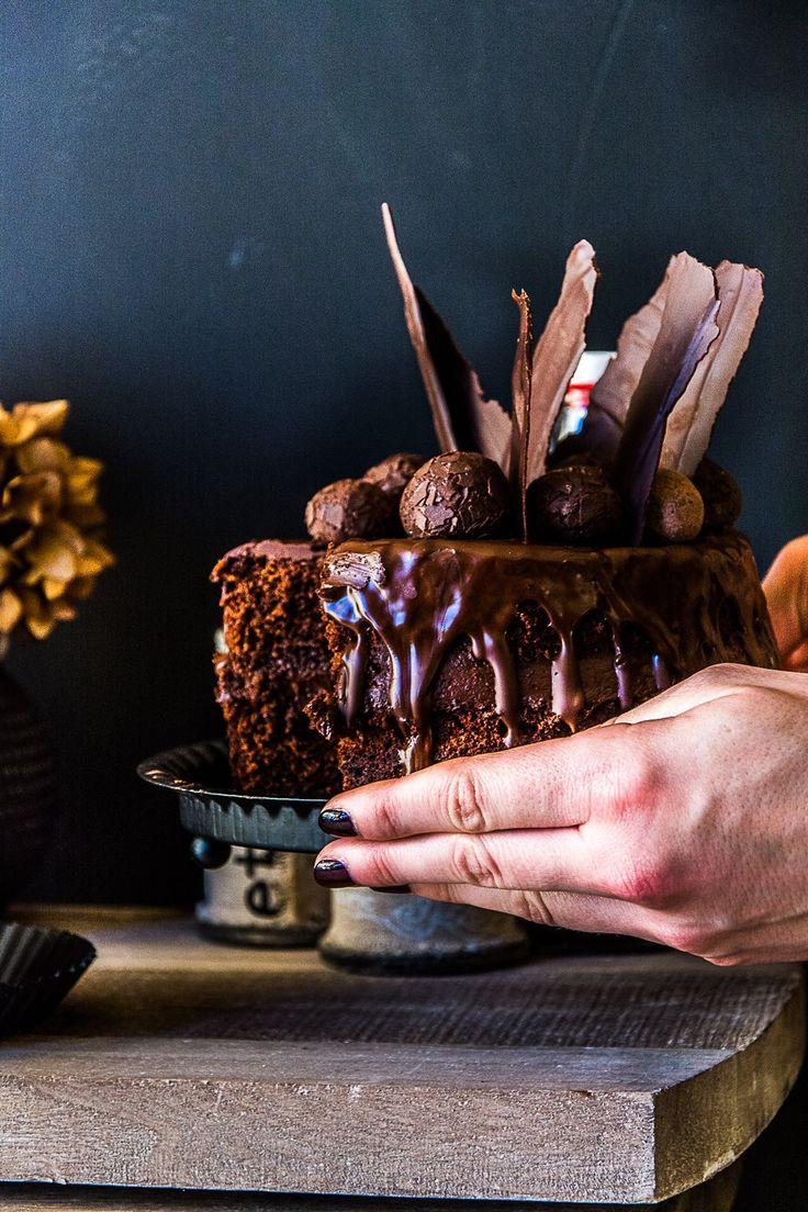 Beschwipster Chocolate Birthday Cake von den [Foodistas] - Lasst uns Geburtstag feiern!