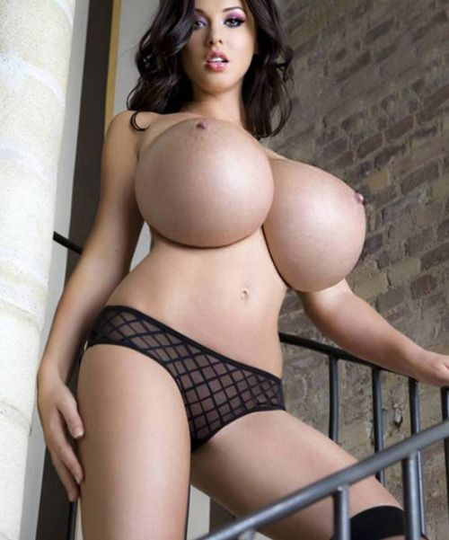 Woman With Xxl Tits 80