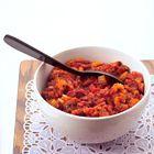 Pastasaus: klassieke tomatensaus. Foto uit ons boek 100 Pastasauzen (http://www.bol.com/nl/p/100-pastasauzen/1001004006438016/). Ga voor het recept naar http://www.okokorecepten.nl/recept/sauzen/pastasaus/pastasaus-klassieke-tomatensaus