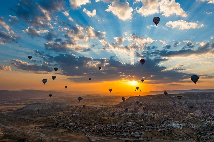 Фестиваль воздушных шаров в Каппадокии, Турция