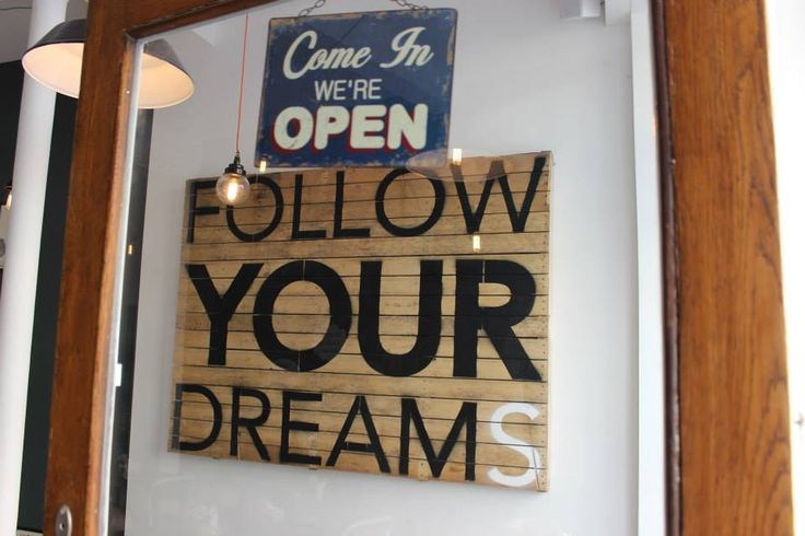 Follow your dreams @Peck47 - Urban Hypsteria