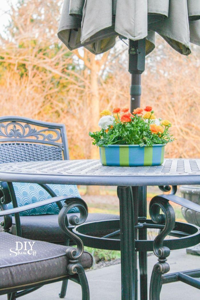 patio umbrella table planter/centerpiece (repurposed bundt pan) @diyshowoff