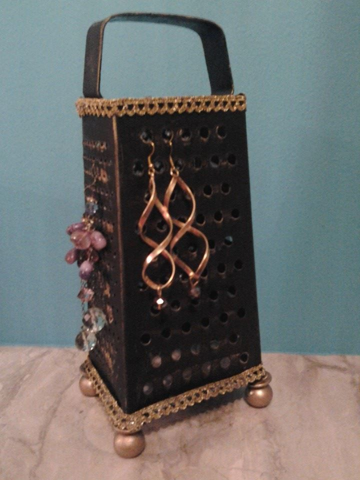perfect way for earrings storage by Erifili