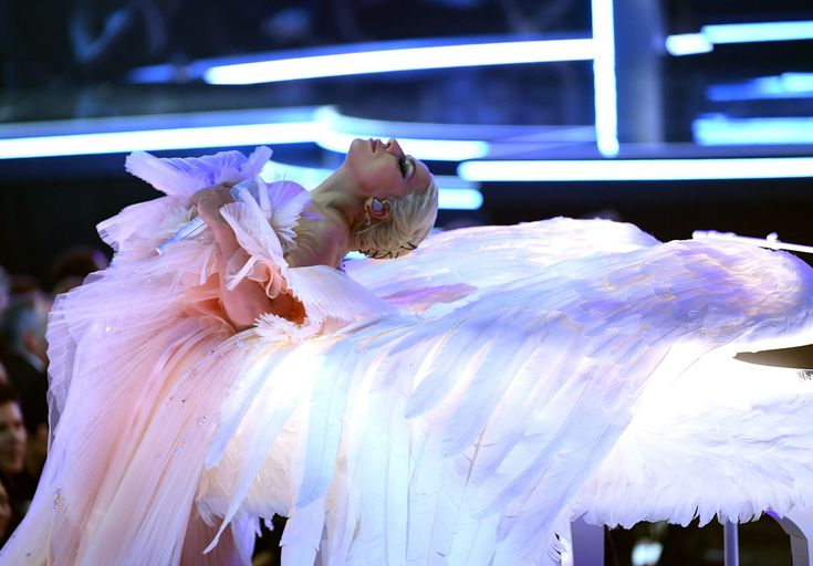 Lady Gaga Just Performed on a Piano With Angel Wings at the 2018 Grammys - Cosmopolitan.com