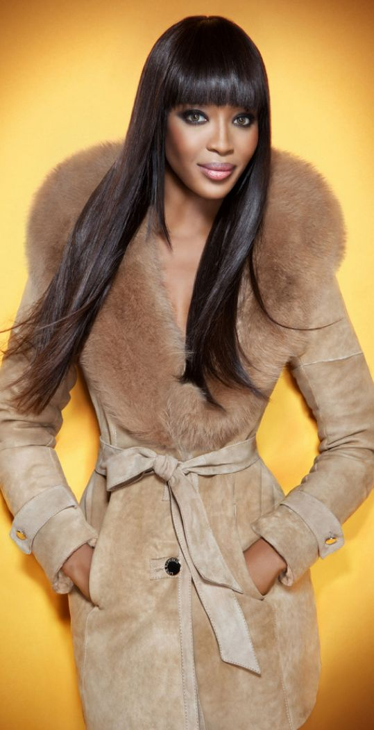 ☆ Naomi Campbell for Love Republic Coat with fur collar ☆