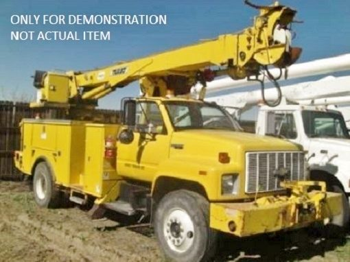 Boom Lift Digger Derrick Crane Terex 9247 Complete with Body for Utility Truck || Contact: info@viccobdirect.com