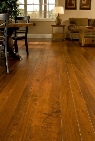 maple wood flooring would be nicer if the planks were the same size - Geflschte Hartholzbden Ber Teppich