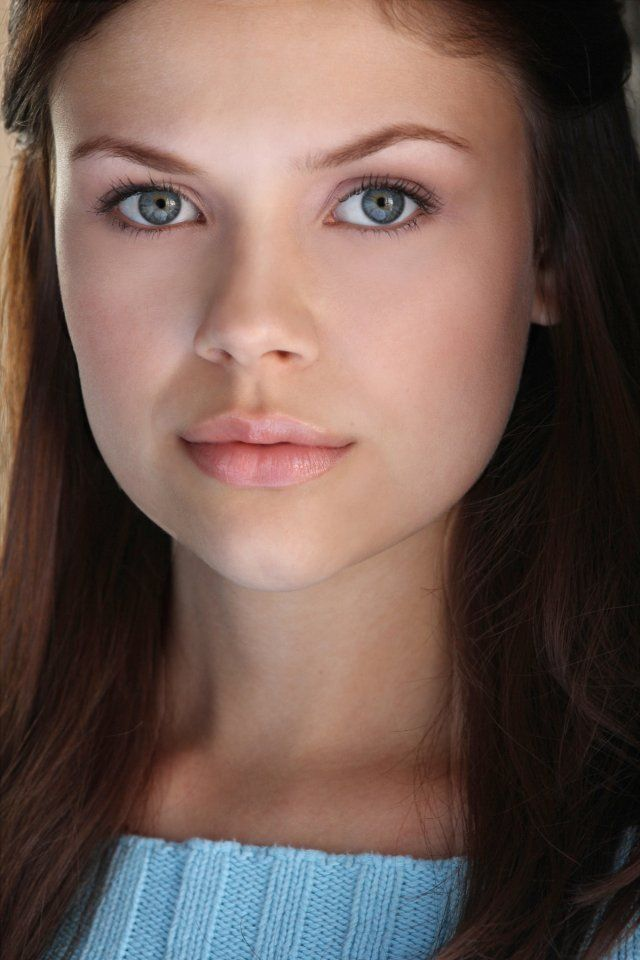 I picture actress Noell Coet as young Emmeline in my novel The Golden Love