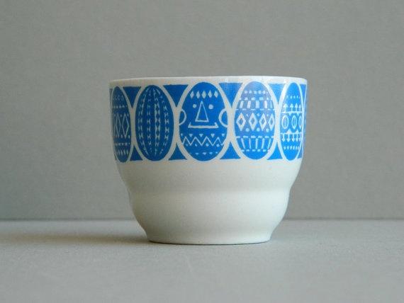 Arabia Finland porcelain egg cup