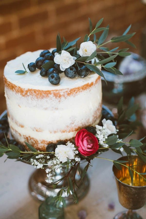 Small naked wedding cake on vintage silver cake stand | Sue-Slique Photography