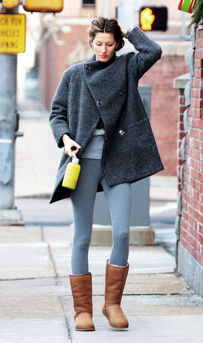 28de40c5adf The Best Ways to Wear Leggings and Uggs This Winter | A la ...