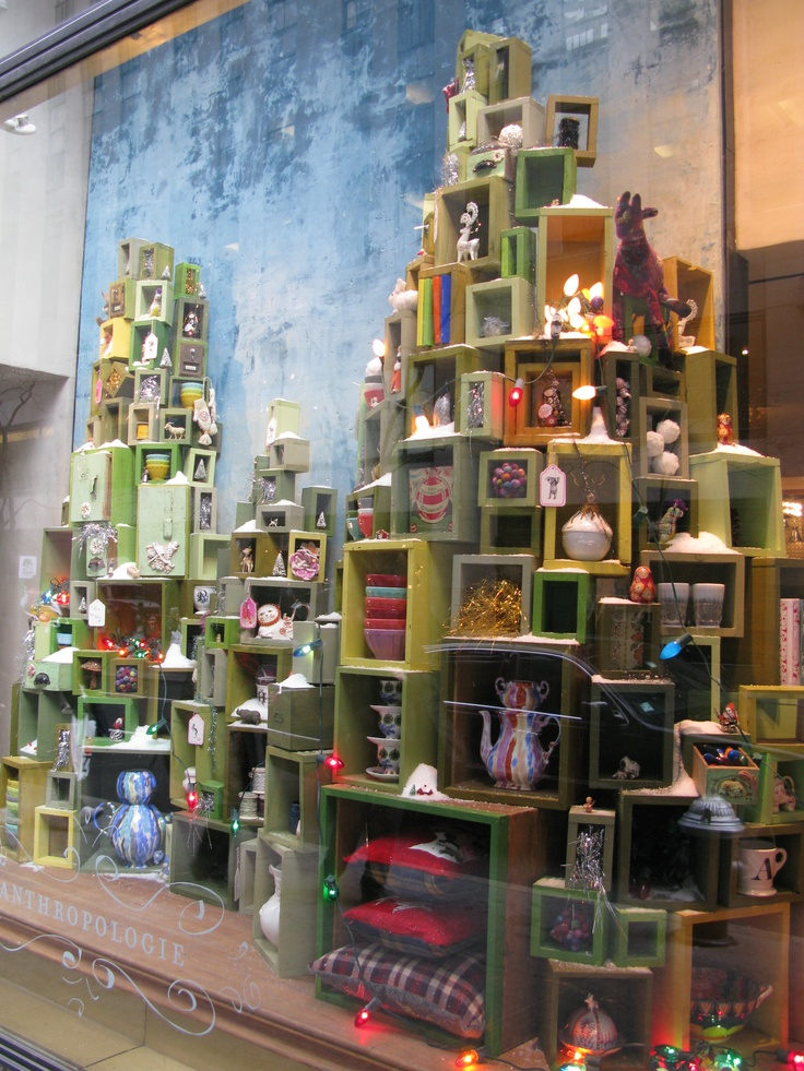 Best 25 christmas store displays ideas on pinterest for Retail shop display ideas
