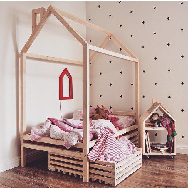 Хотите мы для вашего малыша сделаем такую? @woodbeds  Детские экологичные кроватки-домики для сна и игр по вашим размерам  на заказ от @woodbeds  Натуральное дерево (массив) сосна Доставка РБ, сборка Минск➡️➡️➡️ Пишите в Директ✏️