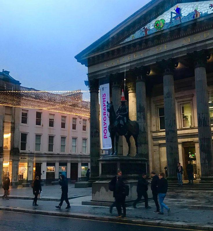 Disappointed by Storm Doris enjoying a lovely walk to the station! #peoplemakeglasgow #goma #galleryofmodernart #Glasgow #scotland #visitscotland #royalexchangesquare #loveglasgow #igersglasgow