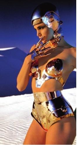 Modern Goddess: silver armor - Thierry Mugler, 1990
