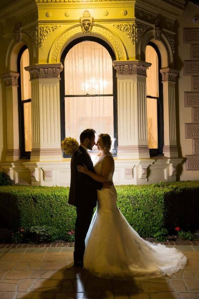 Our two lovebirds ❤  #gardenweddings #sydneyweddingvenue #heritagevenue #weddings #luxurywedding #historicvenue #bride #love