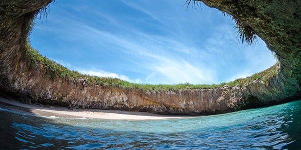 メキシコ - マリエータ諸島 ヒドゥンビーチ