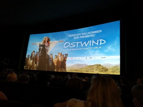 Endlich habe ich es geschhafft meinen Beitrag zur Filmpremiere von Ostwind - Aufbruch nach Ora in Frankfurt zu schreiben. Natürlich mit Filmmeinung und FMA