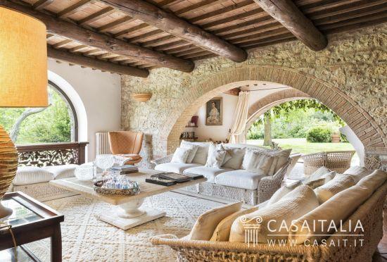Casaitalia International - Immobili di lusso in vendita in Toscana