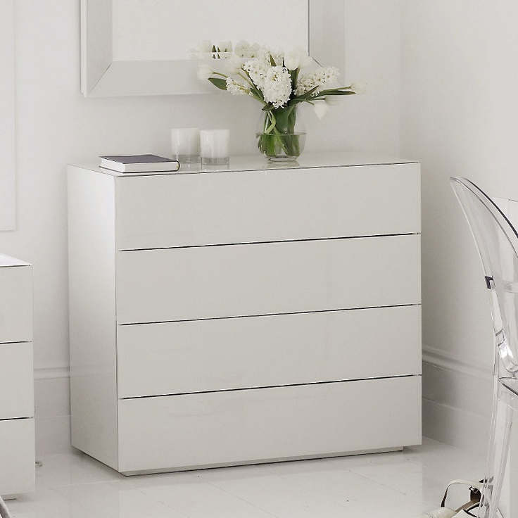 Best High Gloss White Glass Carlton 4 Drawer Chest Of Drawers 400 x 300