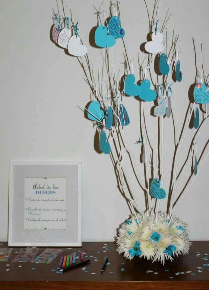 Arbol de los deseos (Guest Book). Fecha Memorable hará para ti un diseño creativo y único para que tus invitados escriban sus mejores deseos para ti!  Cotiza en fechamemorable.com