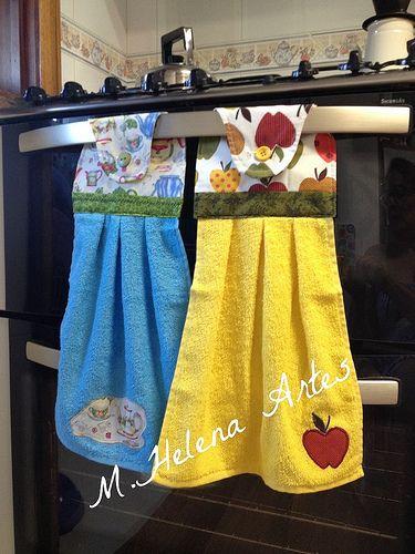 Las toallas para tener a mano colgadas en el horno. Ratkaisu keittiön…