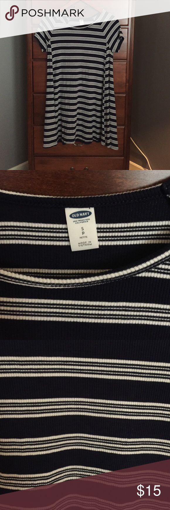 Navy striped dress Worn once. Navy and white striped swing dress Old Navy Dresses