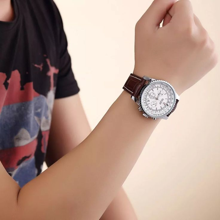 Watches men luxury brand Megir Genuine leather band Water Resistant relogio masculino quartz Movement men's watch clock men 2009