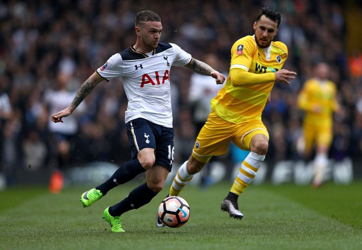 Kieran Trippier signs new Tottenham contract