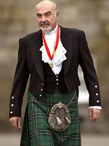 NOBODY looks more dashing in a kilt than Sir Sean Connery (except Gerard Butler, I'm still looking for him)