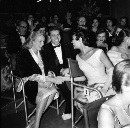 Eva Marie Saint and husband Jeffrey Hayden, and Dorothy Dandridge at the New York presentation of the Oscars in 1955. Seated next to Dorothy is her sister, Vivian Dandridge.