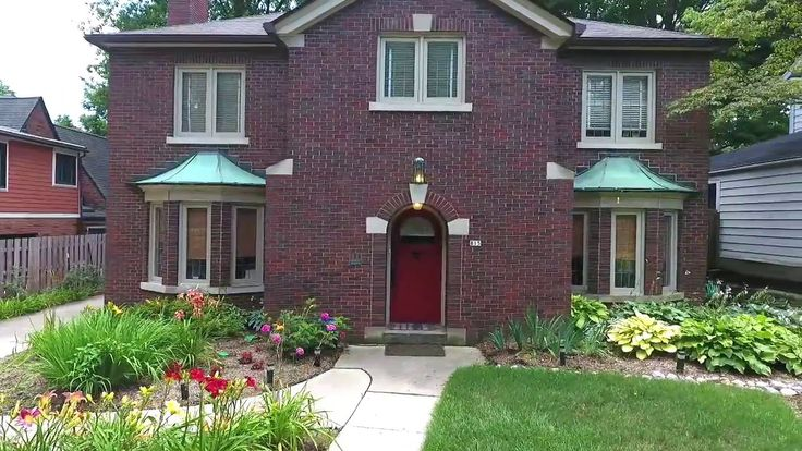 815 E 58th Street, Indianapolis - FOREST HILLS HOME FOR SALE!!
