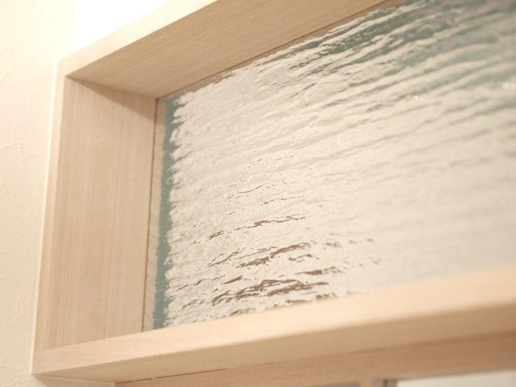 造作小窓/室内窓/飾り窓/両開き窓/ガラス/枠/インテリア/ナチュラルインテリア/いえラボ/リフォーム/リノベーション/window/glass/interior/house/homedecor/housedesign