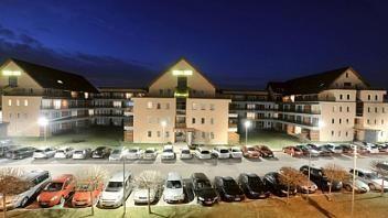 Depandansa se nahaja v bližini hotela Vivat. Nudijo različno velike sobe, ki nudijo lep razgled na okolico. Za dodatne podatke obiščite www.viaSlovenia.com