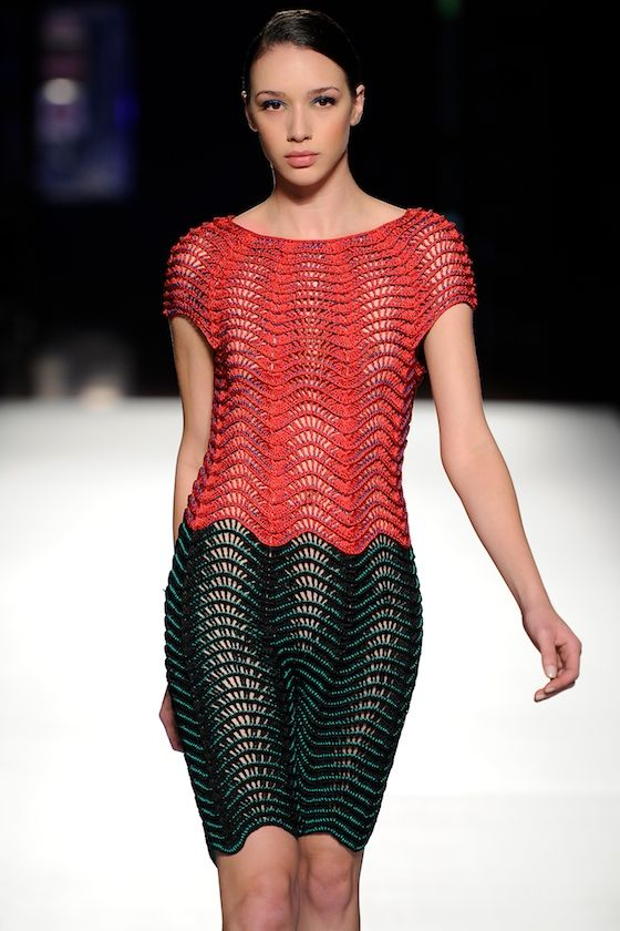 Helen Rodel MMXII S/S '13 - double colour ripple stitch
