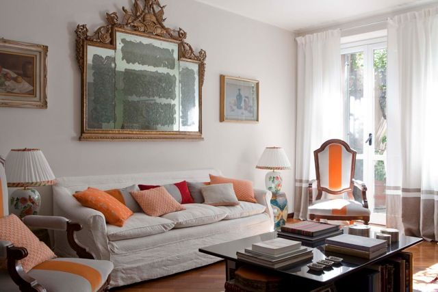 MarinaC - charming apartment in the heart of Milan - decorative cushions and upholstery by #marinacmilano