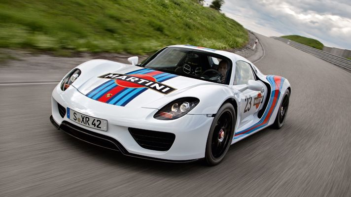 New Porsche 918 Spyder in Martini racing livery at Nürburgring.