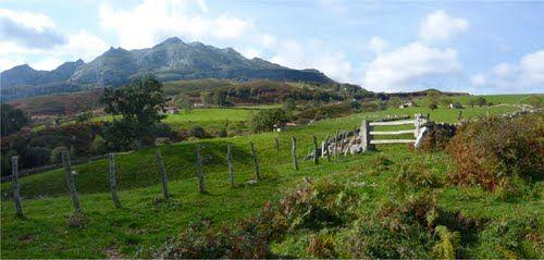 Senderos del Valle del Río Miera, en Cantabria http://alberguealtomiera.wordpress.com/ http://www.facebook.com/agroturismoaltomiera +34 616245761 #alberguealtomiera #Cantabria #travel #spain