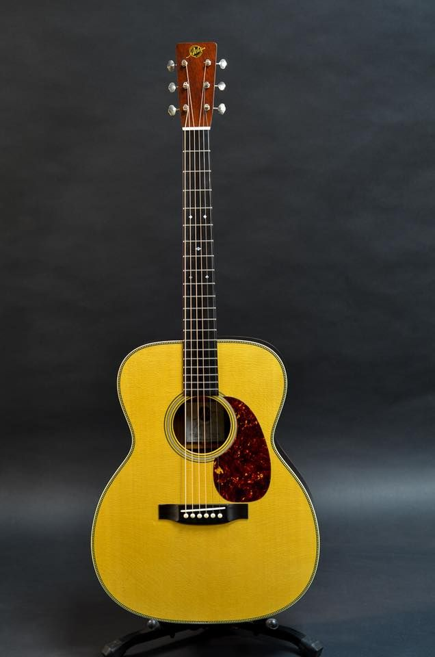 Pin By Ricci Peyroux On Acoustic Guitars In 2020 Guitar Buddy Holly Music Instruments