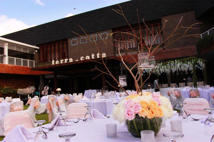Foto gedung pernikahan oleh Alindra Villa