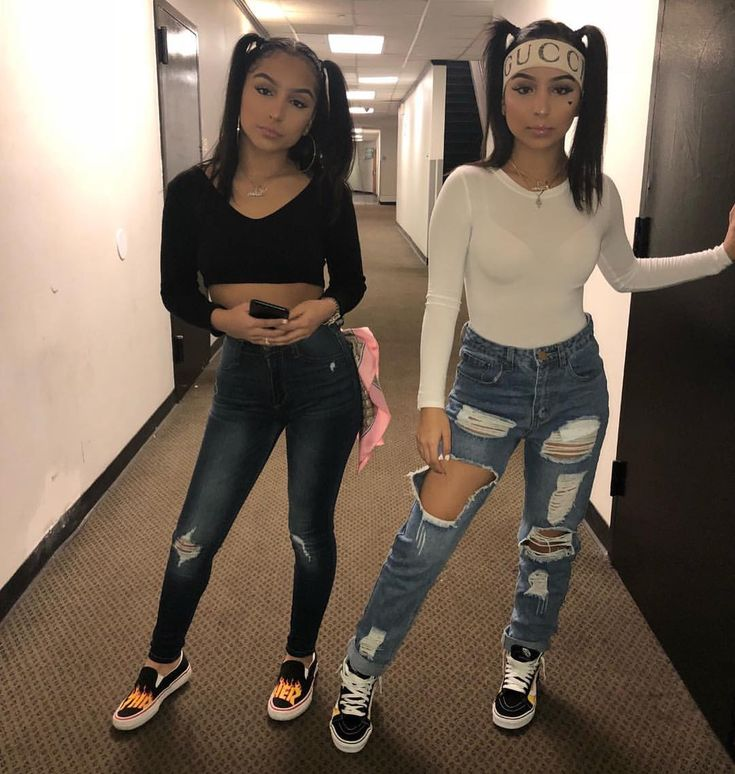 Likes 1 084 Comments Siangie Twins Siangietwins
