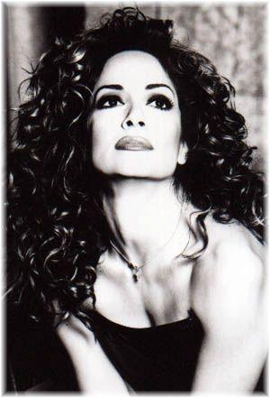 Cypriot recording artist and actress, Anna Vissi annavissilive.com